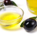 L'olio d'oliva anche fuori dalla cucina… per uomo e donna