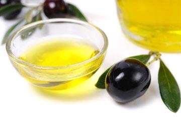 olio oliva usi cura corpo