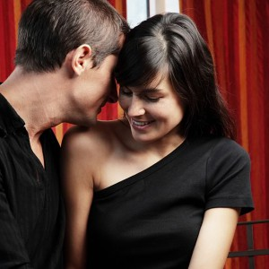 top-10-ways-to-flirt-with-a-woman1