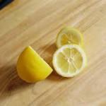 Pulizie eco-friendly: 11 metodi per fare le pulizie con il limone