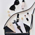 Accessori che non devono mai mancare nella borsa di una donna